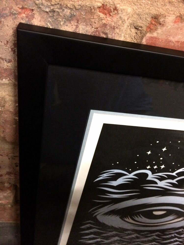 Black matte frame low reflective glass signed limited editions - Tom J Newell - Eye print