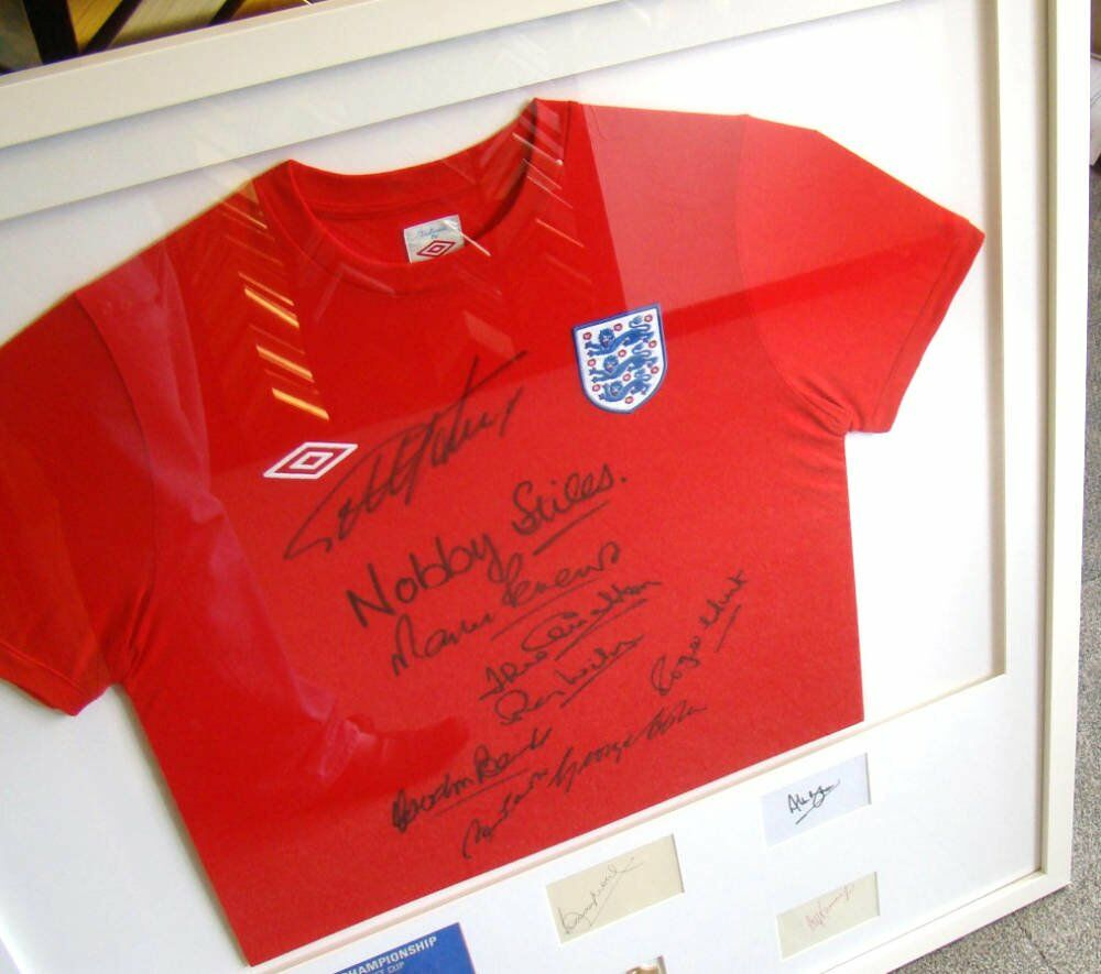 Framed shirts world cup signed shirt framed football shirts signed football shirts - Framed 1966 England Football Shirt with Signatures